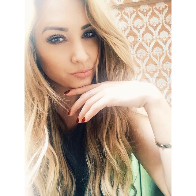 Popstar Ms. Nikki Flores