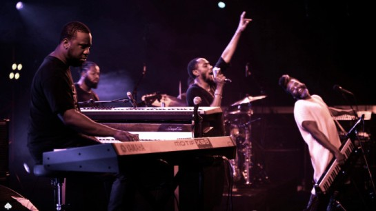 Yasiin-Glasper-Paris-Mass-7-726x408