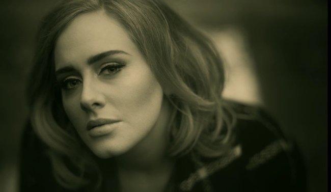 Adele-Hello-650.jpg