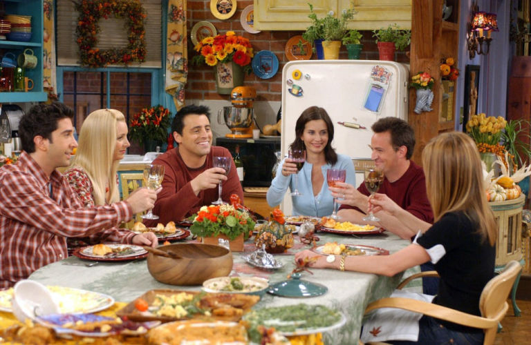 gallery-1478554254-delish-friends-thanksgiving