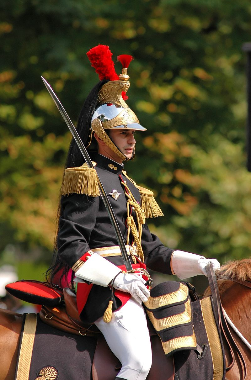 800px-French_Republican_Guard_Bastille_Day_2007_n2